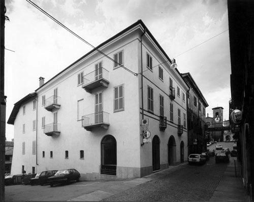 2-1987-Moncalieri-Palazzo-dei-conti-di-cavoretto